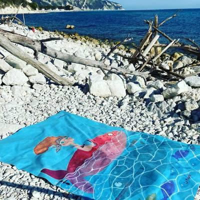 Quest'estate 🌴 ☀️ trascorretela con noi amiche, R-ESTATE con le Nasute! . Ecco il secondo dei nuovissimi teli mare de Le Nasute. . Scopri la nostra collezione estate 2021! . 💻 link in bio! . #seseinasutavivimeglio #lenasute #beach #summertime #summer #beachtowel #telomare #sea #estate #italy #italia #estate #sole #nature #spiaggia #summer #travel #beach #sunset #sun #vacanze #estate2021